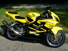 Honda CBR600F4i yellow