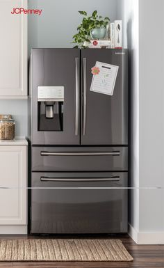 This counter-depth Food Showcase refrigerator from Samsung is designed to improve the way you store food through an innovative two-door system. Plus, the black stainless steel kitchen appliance design is a quick way to remodel your kitchen. Add black stainless refrigerator with all new technology and the kitchen will be your favorite room in the house.