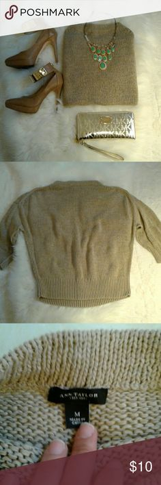 """🌻BOGO FREE NETFIX & CHILL Sweater🌻 Excellent condition  (wore 1x) 58% cotton-42% nylon Bust: 29"""" (arm pit to arm pit) Length: 26"""" (shoulder to bottom hem) Dress up or Dress Down.. Everyday sweater Ann Taylor Sweaters Crew & Scoop Necks"""