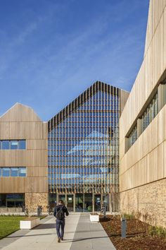 Image 7 of 19 from gallery of Bob Champion Building / Hawkins\Brown. Photograph by Gareth Gardner British Architecture, Facade Architecture, Mall Facade, Wood Facade, Wood Curtain, Western Red Cedar, Beautiful Buildings, Cladding, Skyscraper
