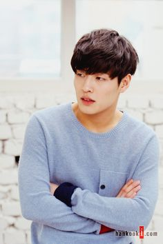 He who wishes to wear the ♛ endures its weight. Asian Actors, Korean Actresses, Korean Actors, Actors & Actresses, Korean Star, Korean Men, Kang Ha Neul Moon Lovers, Drama Korea, Korean Drama