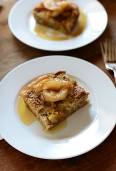 Cinnamon Apple French Toast | via minimalistbaker.com