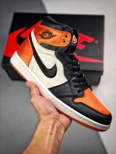 info for fe3bd 5b43b NIKE Air Jordan 1 Satin Backboard AJ1 AV3725-010