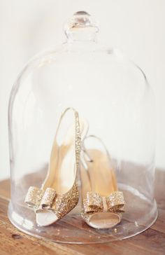 Yes, please! This Kate Spade awesomeness may have to be my first official wedding purchase!