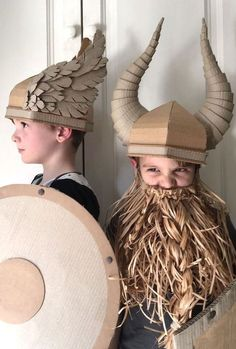 DIY Cardboard Viking Helmet for photobooth