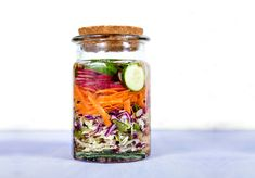 How to ferment your vegetables - Move Nourish Believe Quick Snacks, Quick Meals, Wellness Tips, Health And Wellness, Yummy Smoothies, Kombucha, Nutrition Tips, Kimchi, Raw Vegan