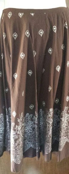 Beautiful full skirt, brown with white stitching 100% cotton skirt, full, unlined, chocolate brown with beautiful white embroidery with a touch of bling, side zip with button and loop closure, narrow inset waistband, and two loops for hanging on hanger. In perfect condition. Tokyo Skirts A-Line or Full