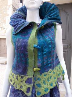 Gilet laine feutrée réversible : Pulls, gilets par arlatine