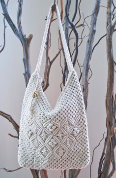 I did a lot of macramé in the 70s...purses, wall hangings, belts, plant holders