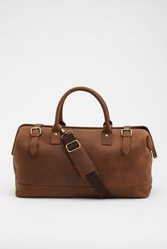 Nice size & material   Leather Tool Bag Weekender http://www.thrillist.com/of-all-threads/bags/duffel/leather-tool-bag-weekender/products/146790#