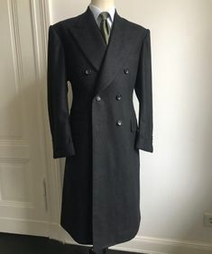 "Where to Find a Good Tailor in Berlin : The London Flair of ""Purwin & Radczun"" – Parisian Gentleman Man's Overcoat, Stylish Mens Outfits, Savile Row, Bespoke Tailoring, Sharp Dressed Man, Gentleman Style, Dapper Gentleman, Costume, Mens Suits"