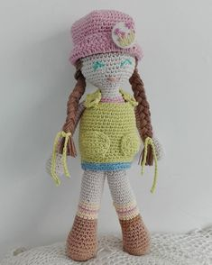 Crochet Hats, Crafts, Design, Fashion, Amigurumi, Scale Model, Knitting Hats, Moda, Manualidades
