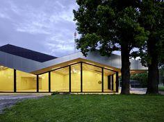 Gallery of Front Building of Chliriethalle / Frei + Saarinen Architekten - 8