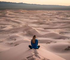Jak získat motivaci ke změně ještě dnes - The Mind Temple Basic Yoga Poses, Yoga Poses For Beginners, Spa Massage, Daily Yoga, Normal Life, Future Travel, Physical Fitness, Yoga Fitness, Health Fitness