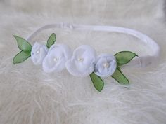 White floral headband by NeedlePillow on Etsy