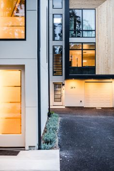 Modern Prefab Townhomes in West Seattle by Chris Pardo Design: Elemental Architecture and Method Homes