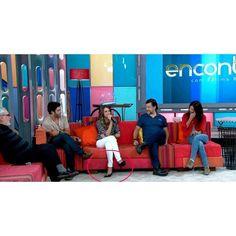 Uma das protagonistas da nova novela das 19h na rede Globo, @juulianapaiva, esteve no programa Encontros com Fátima Bernardes hoje usando um escarpim CS! Quem viu? #lovecs #carmensteffens  Referência: 3806-048.001