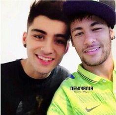 Neymar and Zayn.toooo much hot in one pic. Neymar Jr, Inspirational Soccer Quotes, Zany Malik, Paris Saint Germain Fc, Dani Alves, National Football Teams, Boyfriend Pictures, Hip Hop And R&b, Best Player
