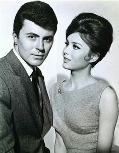The Lively Set 1964 - James Darren & Pamela Tiffin Golden Age Of Hollywood, Vintage Hollywood, Classic Hollywood, Gidget Goes To Rome, Gidget Goes Hawaiian, Pamela Tiffin, James Darren, Couples, Actresses