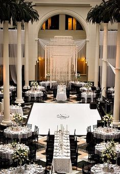 black + white wedding inspiration | grand wedding reception |