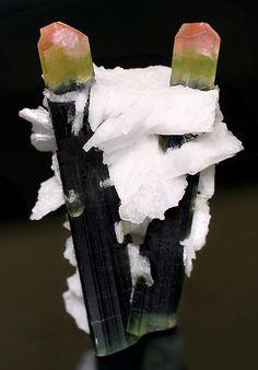 Elbaite crystals with white Cleavelandite