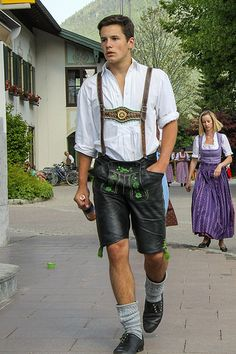 Men's Fashion, Leather Fashion, Leather Men, Traditional Fashion, Traditional Dresses, Tap Costumes, German Men, Winter Mode, Lederhosen