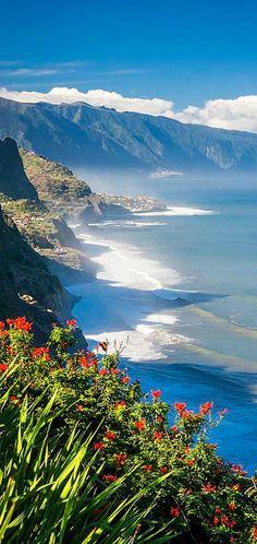Madeira Island, the best european gem @myeuropeanroots Clique aqui http://mundodeviagens.com/melhores-destinos-sonho-viajantes/ e faça agora mesmo Download do nosso E-Book Gratuito com 30 DESTINOS DE SONHO PARA VIAJANTES