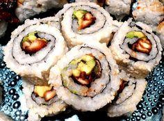 Vegan Shiitake Mushroom Sushi Roll!  This turned out so good!!!!