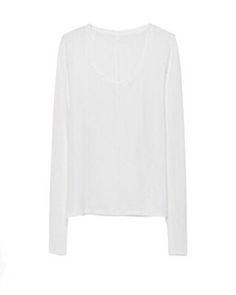 Basica Athem Blanca esta confeccionada en punto de algodon blanco.Su diseño es de corte recto.Tiene escote redondo pronunciado y mangas largas.El punto con el que se confecciona esta camiseta basica, tiene bastante cuerpo y caida.Disponible en tres tallas S M L