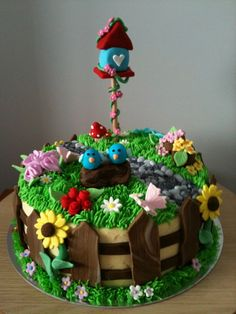 Garden cake was created for a birthday lady. Garden cake was created for a birthday lady. Garden Theme Cake, Garden Birthday Cake, Fairy Garden Cake, Garden Cakes, 90th Birthday, Birthday Cakes, Pretty Cakes, Cute Cakes, Beautiful Cakes