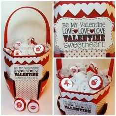 The Cricut Bug: Valentine Treat Bag using the Crafty Catch All Caddy Valentine Bingo, Valentine Treats, Love Valentines, Candy Flowers, Pillow Box, Treat Bags, Cricut, Anniversary Ideas, Crafty