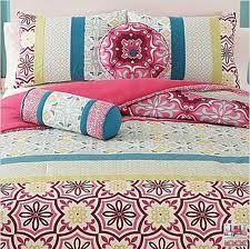 more Moroccan bedding