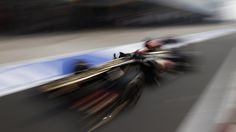 Kimi Raikkonen absence fuels doubts over Lotus F1 team relationship