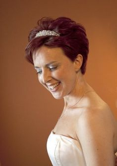 Wedding, Hair, Bride, Short - Photo by www.lisacameron.co.uk - Project Wedding