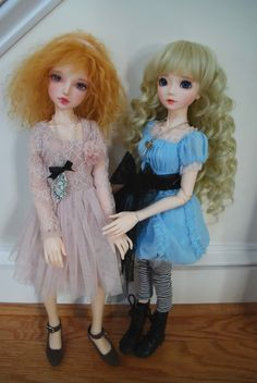 Souldoll on right in Ellowyne Wilde Outfit