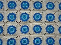 "Finally Finished: ""Peacock Blue"" blanket « Little Tin Bird. Link to free pattern. This is stunning!!! Thanks so xox"