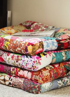Floor Cushions by ~DeannaMaree~ on Flickr.