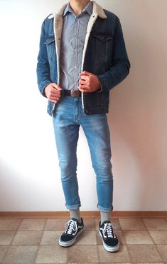 Vans old skool skinny jeans boys guys outfit vans love. Outfits For Teens, Boy Outfits, Casual Outfits, Men Casual, Simple Outfits, Vans Old Skool, Teen Boy Fashion, Mens Fashion, Guy Fashion