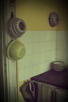Keittiö, puuhella Home Appliances, House Appliances, Appliances