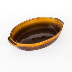 SMALL OVAL CLAY POT - To sum it up the Claypot is easy to use, lasts long, and simply indispensable. We think that it's pointless to praise this excellent vessel since it praises itself and the right choice of the customer who buys it. Oven Dishes, Clay Pots, Terracotta, Cookware, Glaze, Easy, Diy Kitchen Appliances, Enamel, Kitchen Gadgets