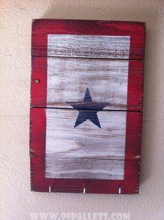 20 DIY Pallet Art Flag Ideas: Service Flag Key Rack