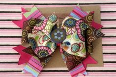 How to make hair bows. I don't have girls, but these would make great gifts!