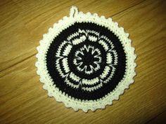 Made by my Hands: Virkattu patalappu Crochet Potholders, Pot Holders, Crocheting, Hands, Rugs, Decor, Crochet, Farmhouse Rugs, Decoration
