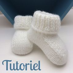 Tutoriel Chaussons bébé The Effective Pictures We Offer You About knitting christmas scarf A quality Crochet Baby Socks, Knit Baby Booties, Crochet Baby Clothes Boy, Boy Crochet, Crochet Granny, Shrug Knitting Pattern, Baby Knitting Patterns, Crochet Patterns, Baby Clothes Patterns