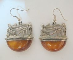 memories of the past - modern jewelers_Amber Egyptian motif earrings
