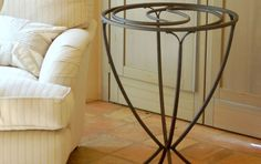 Little table Via Lactea Wrought iron table hand made, with crystal top.