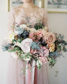 Oh my gorgeousness — this bouquet is the definition of pretty in pink! | Photography: @jenhuangphoto | Event Planning + Styling: @davia_lee | Floral Design: @camelliafloraldesign | Gown: @pronovias