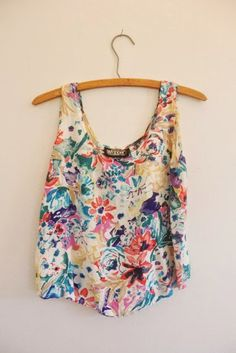 Summer Crop Top / Vintage Floral Blouse