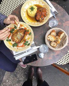 Regardez cette photo Instagram de @topparisresto • 1,981 J'aime  #resto #paris #parisresto #topparisresto #eatinparis #bonnesadresses #bonneadresse #restaurant #restaurantparis #parisrestaurant #cafe #café #coffee