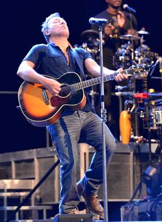 Bruce Springsteen Photo - Bruce Springsteen Rehearses in Australia